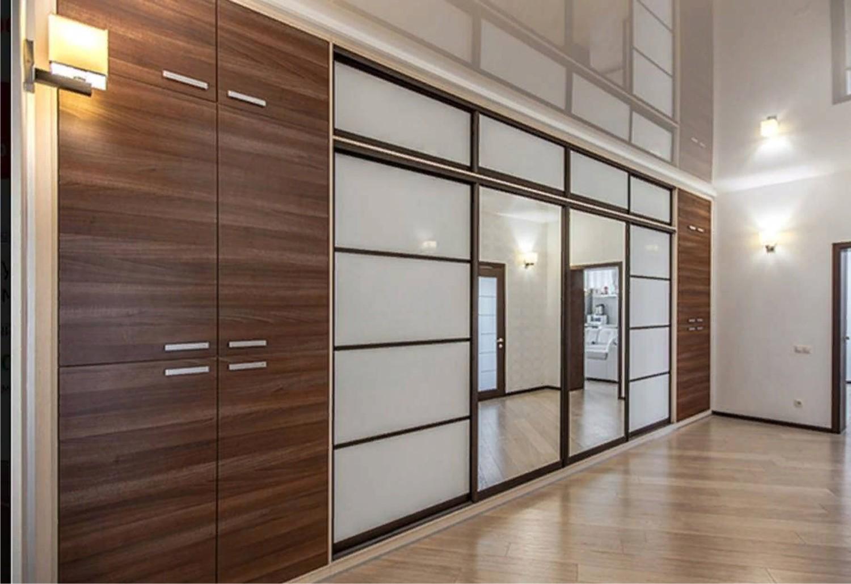 шкафы в коридор во всю стену фото саксонский